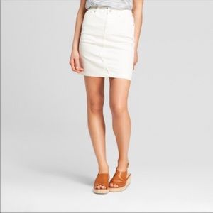 Universal Thread White Denim Skirt New
